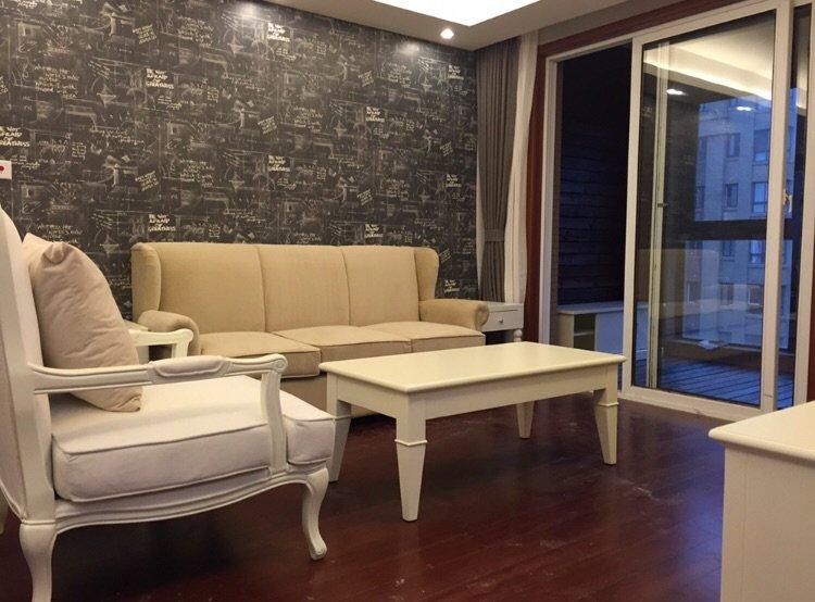 简约美式风格客厅玻璃移门隔断设计图