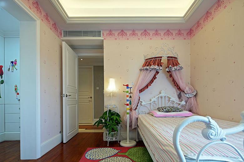 欧式田园风粉色儿童房设计装修效果图