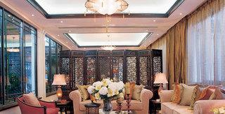 古典中式风格三居客厅屏风效果图