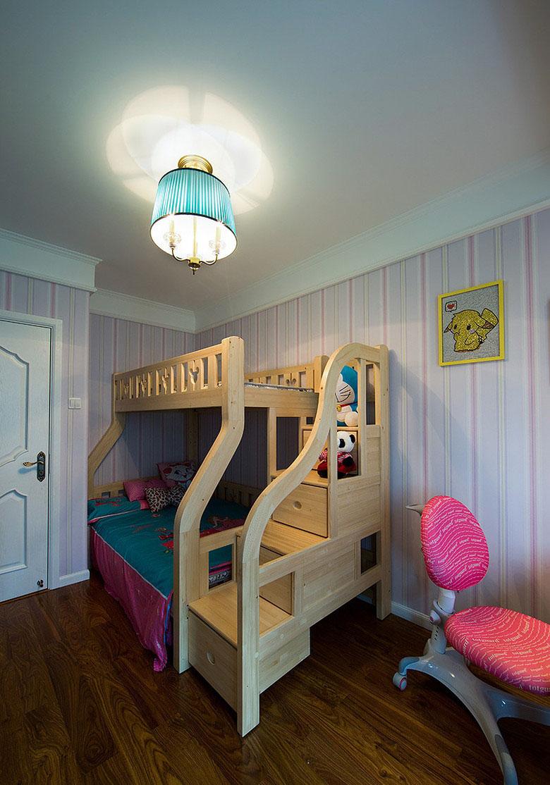 简约美式原木风格儿童房效果图