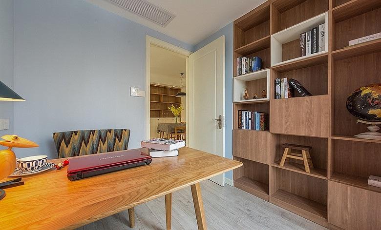 北欧风格书房橡木家具装饰效果图