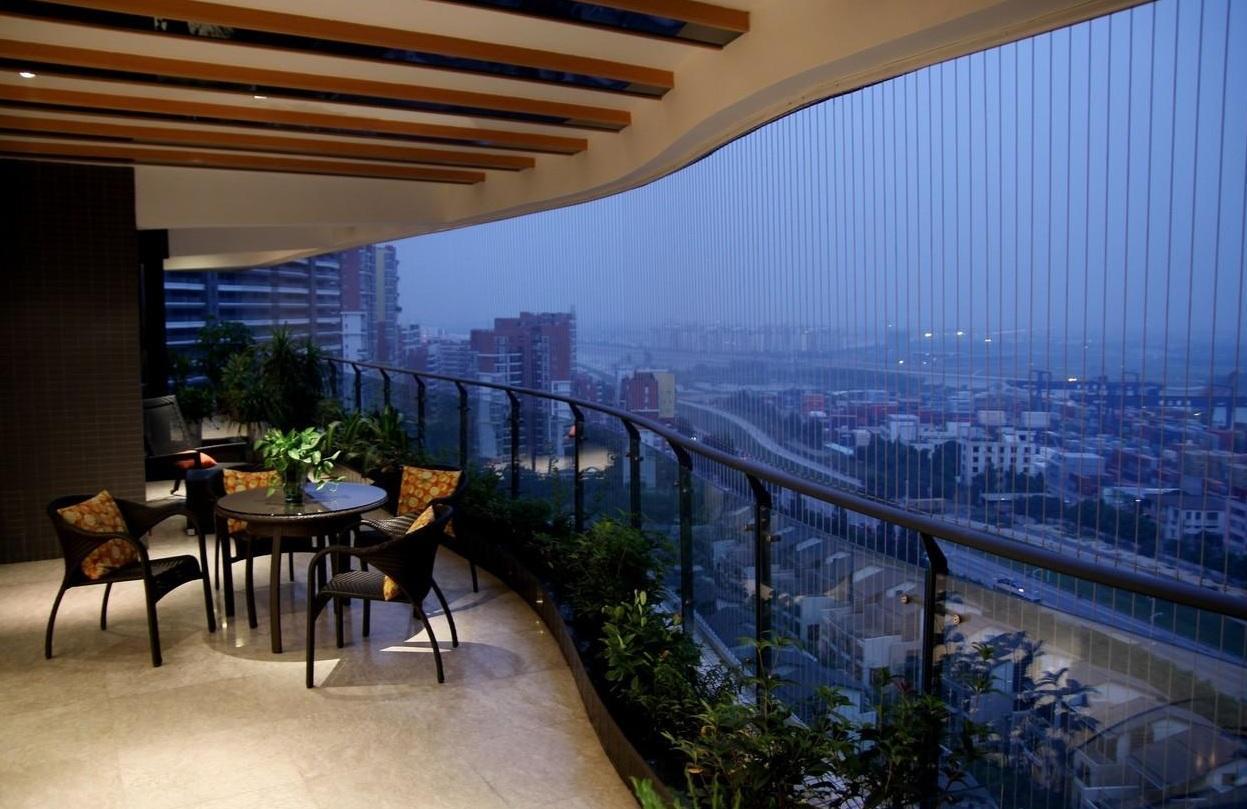 简约休闲风设计阳台隐形纱窗效果图