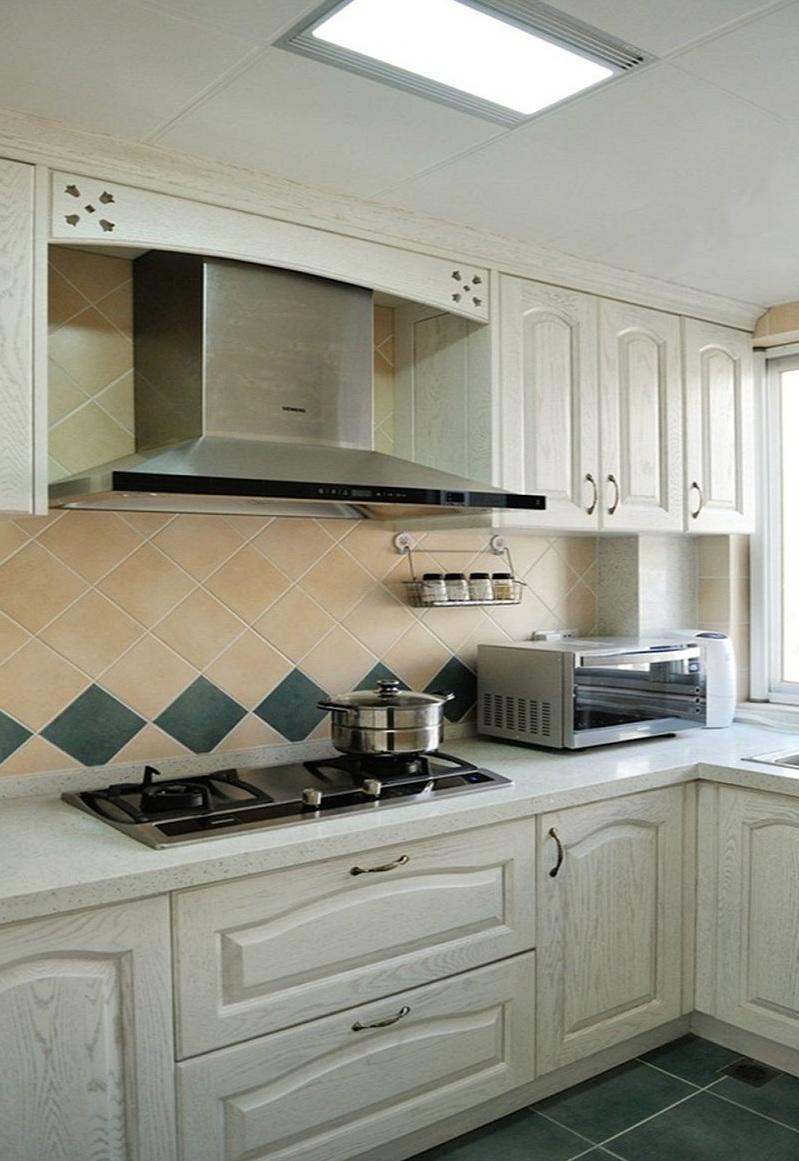 时尚简欧风格厨房设计装潢效果图