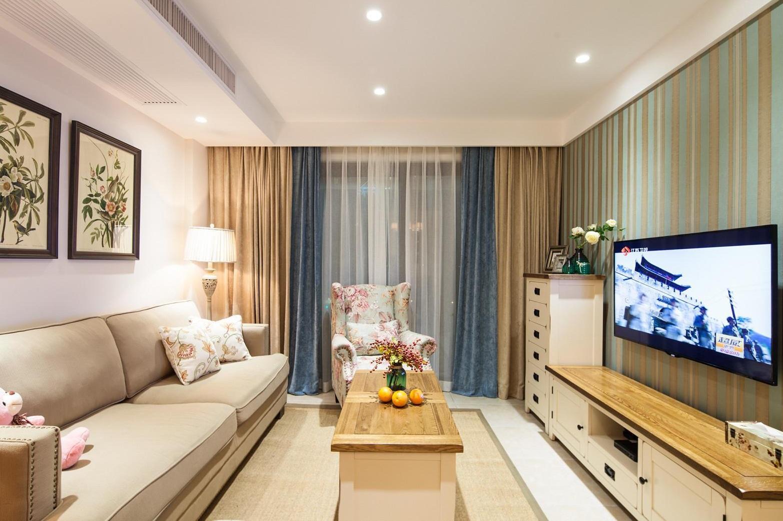 时尚现代简约风格设计客厅窗帘效果图片
