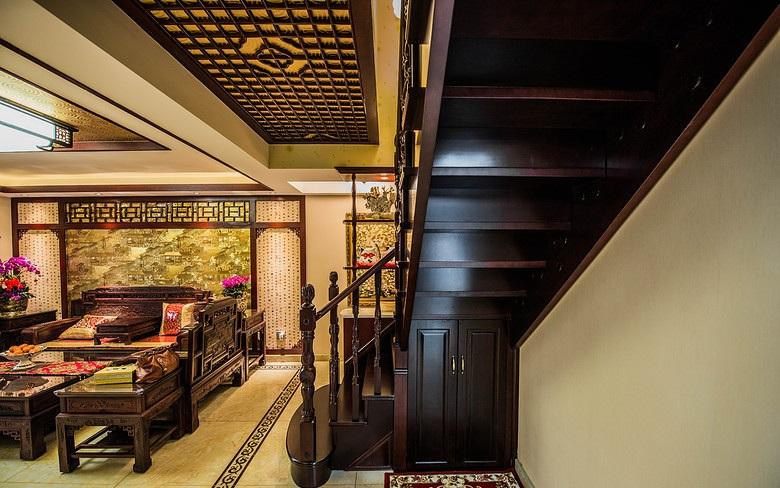中式古典风格复式实木楼梯装修效果图