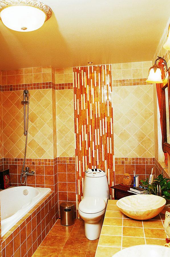 东南亚风格豪华别墅卫生间装修效果图