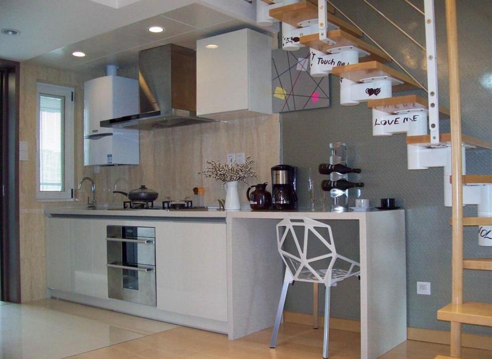 个性现代小户型复式设计厨房装修图片