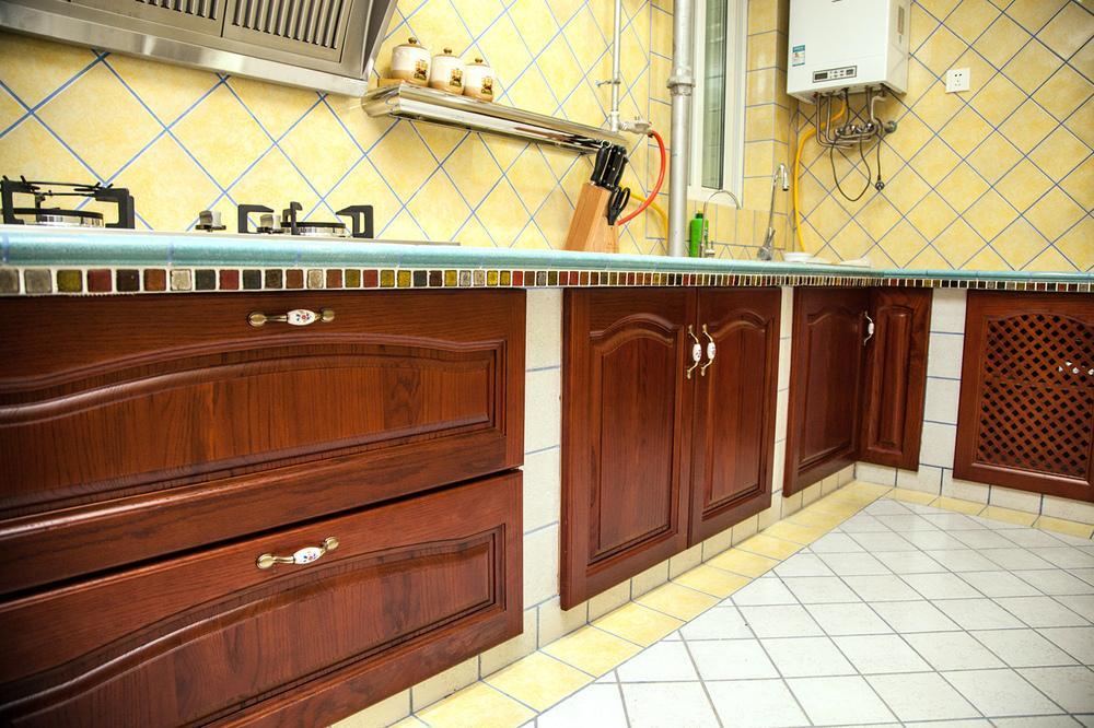 古典欧式风格厨房设计装修效果图