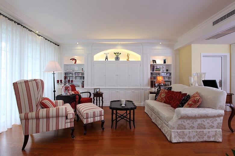 浪漫美式田园风客厅白色隔断效果图