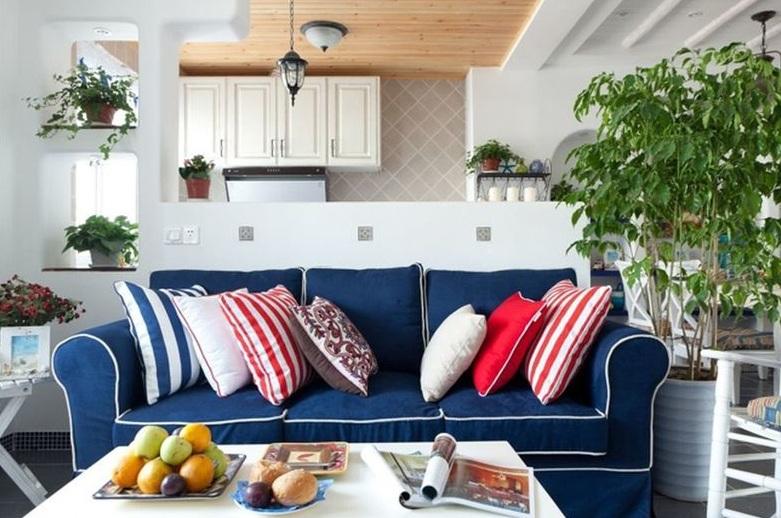 清爽地中海风格客厅蓝色小沙发效果图