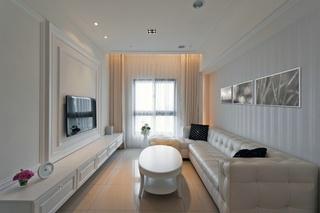 纯白浪漫简欧风格二居室客厅设计欣赏图