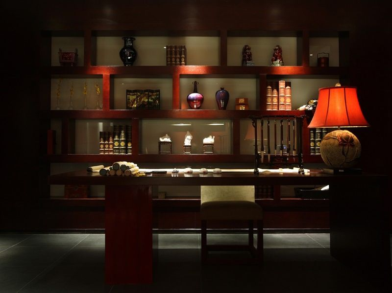 色彩浓重现代中式风格书房博古架效果图片