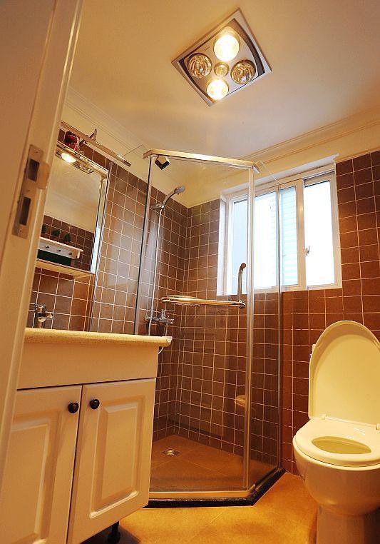 美式复古风卫生间淋浴房效果图