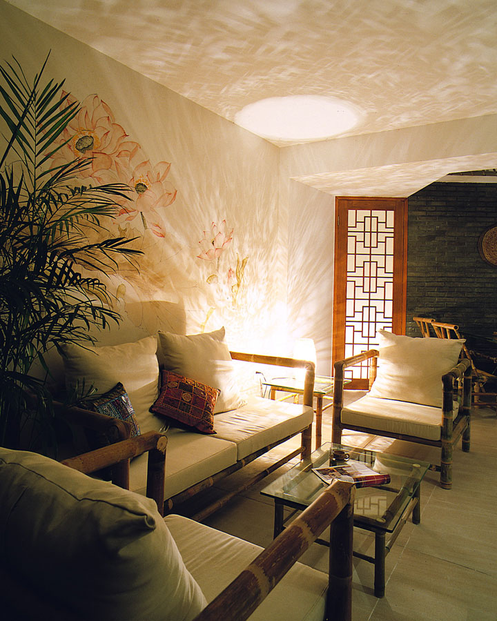 昏黄中式格调客厅竹制沙发装饰效果图