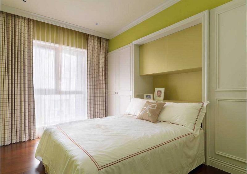 110平简美温馨三居室儿童房床头收纳柜