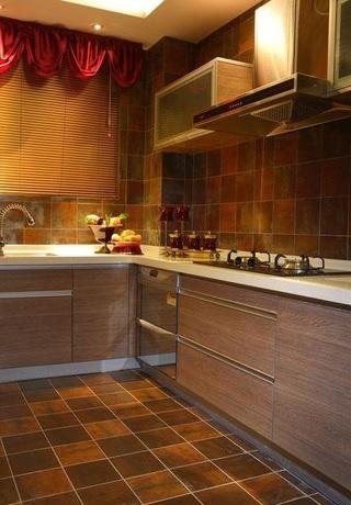 沉稳豪华东南亚风设计厨房装修图片