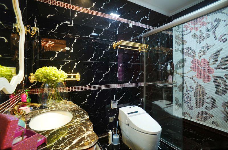 简欧浴室黑色大理石背景墙效果图