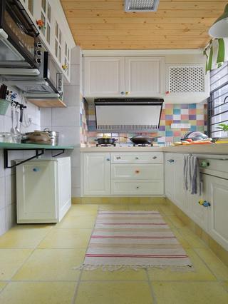 清新简欧厨房白色橱柜效果图