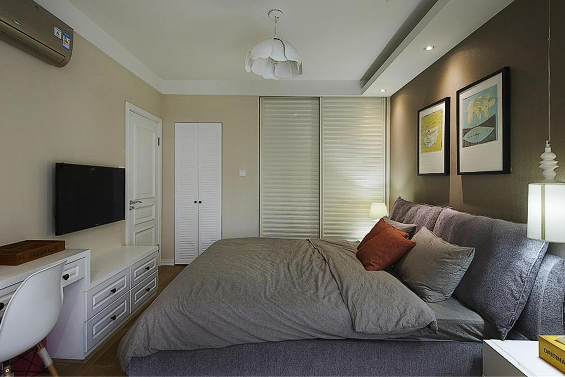 美式简约大方卧室效果图