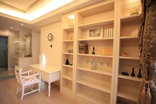 简欧风格设计书房书柜收纳装修效果图