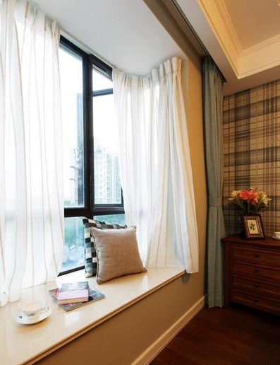 复古美式卧室飘窗白色窗帘效果图