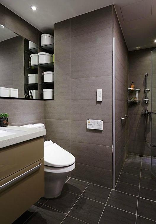 暗色简约风格现代卫生间背景墙装潢效果图