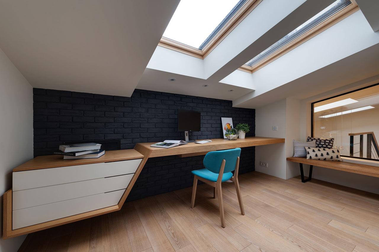 阁楼书房实木创意书桌效果图