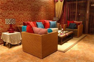 色彩斑斓东南亚风设计四室一厅客厅背景墙装修图片