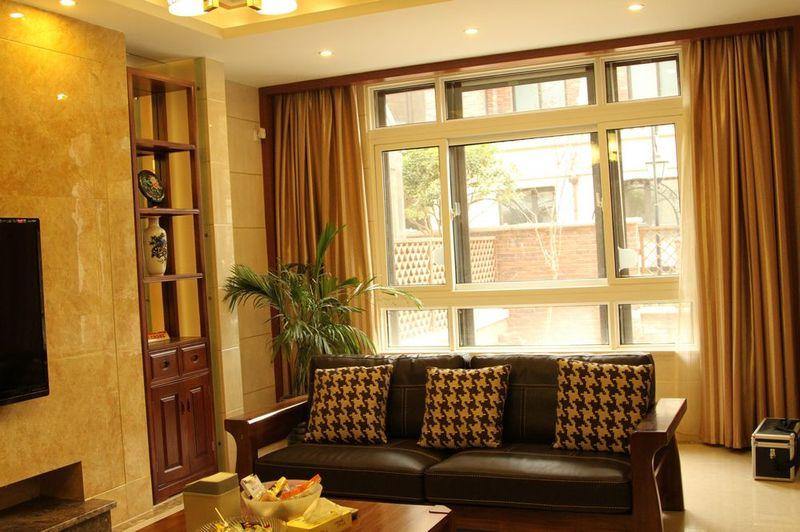 时尚现代风格设计客厅室内窗户效果图