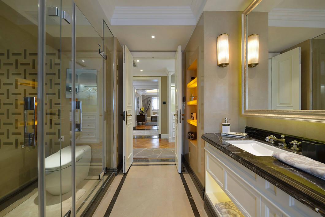 豪华美式洗手间干湿分区效果图