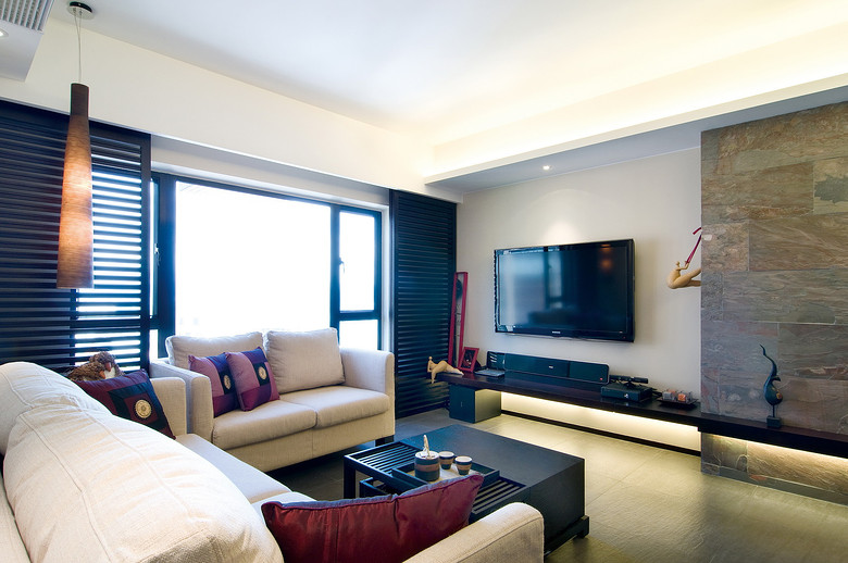 时尚中式简韵客厅窗户设计