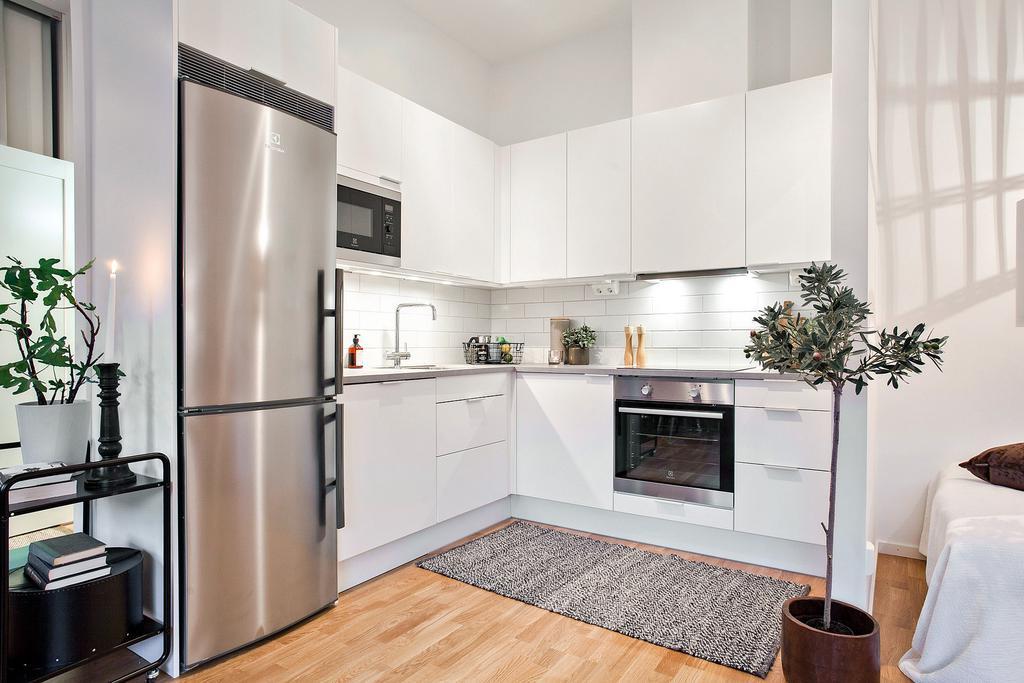 白色简约北欧小厨房效果图