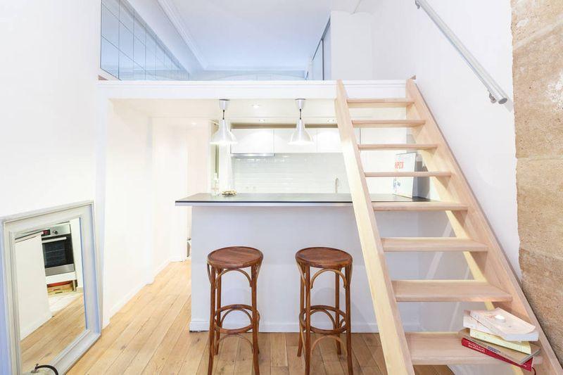 简约宜家风木质楼梯效果图