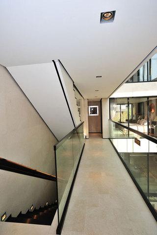 时尚简约中式别墅过道玻璃护栏效果图