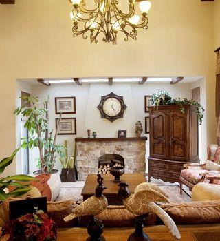华贵典雅欧式古典复式客厅设计案例图片