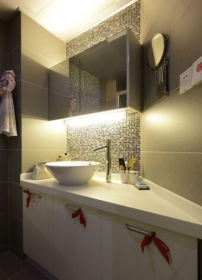 时尚现代卫生间马赛克背景墙效果图