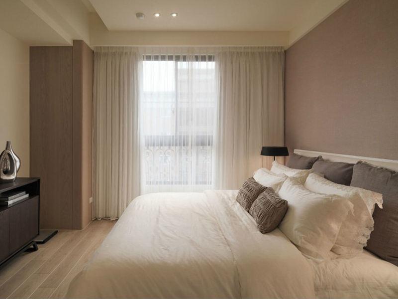 时尚简约卧室丝绸窗帘搭配效果图