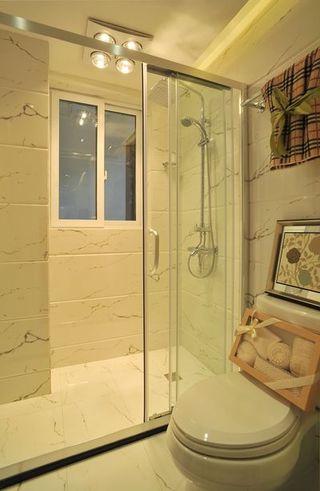清新简欧风格干湿分离卫生间设计效果图