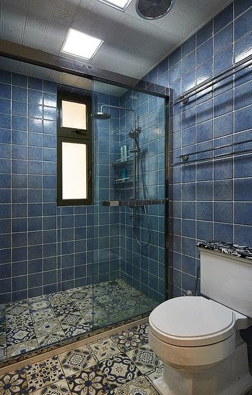 时尚复古蓝色美式卫生间淋浴房效果图