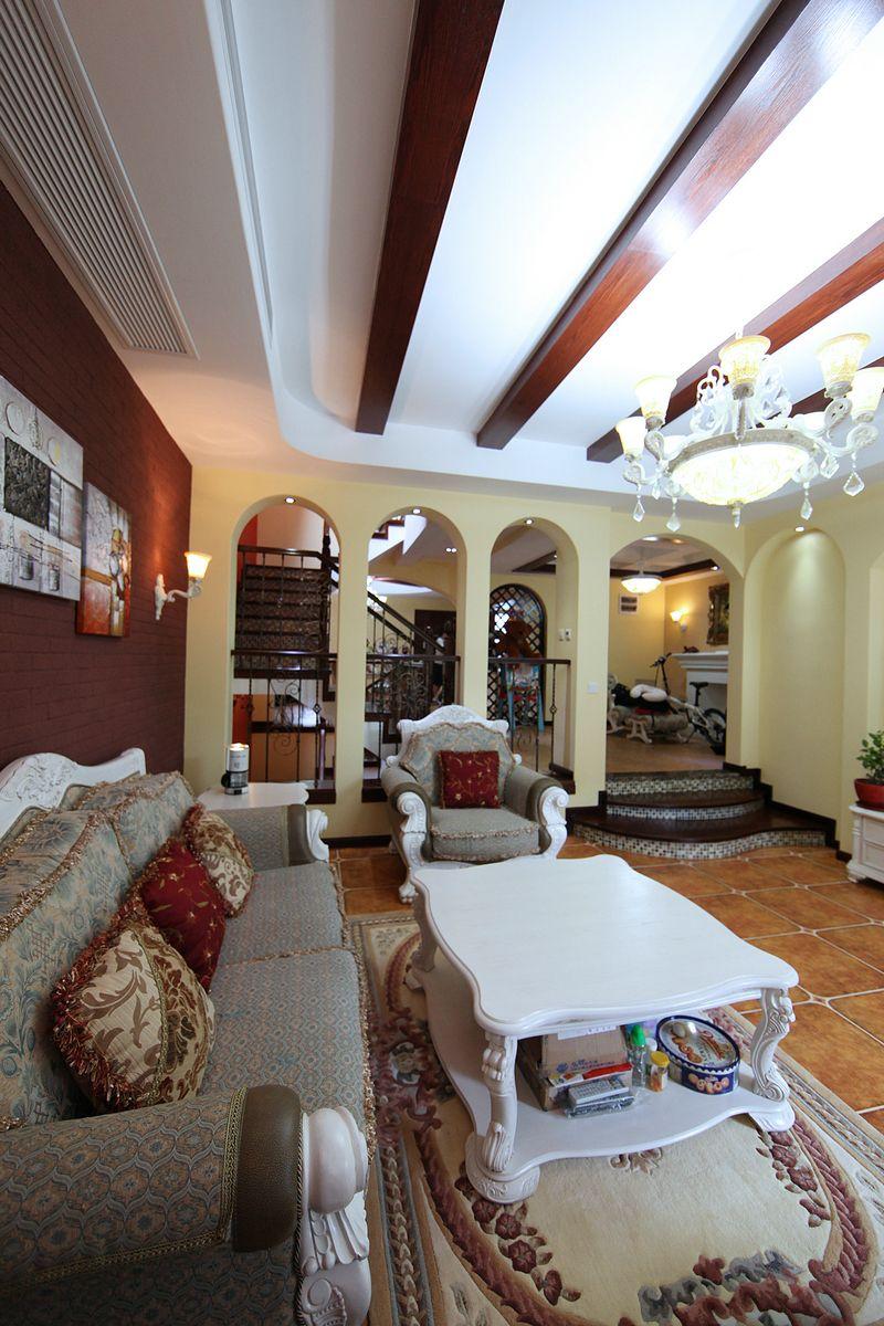 独特地中海风格别墅室内设计装修案例效果图片