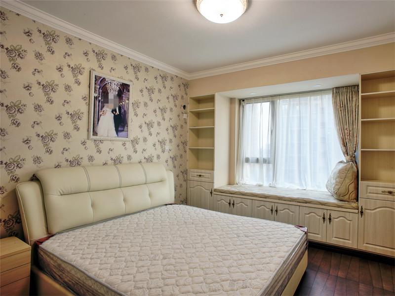 创意田园卧室橱柜与窗帘
