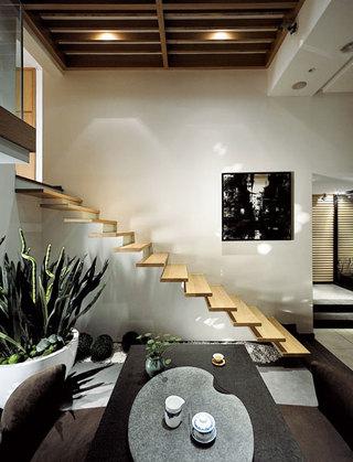 经典日式楼梯装修效果图