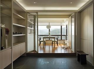 现代简约风格封闭阳台设计效果图