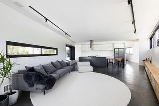 宽敞复式日式风格家装效果图