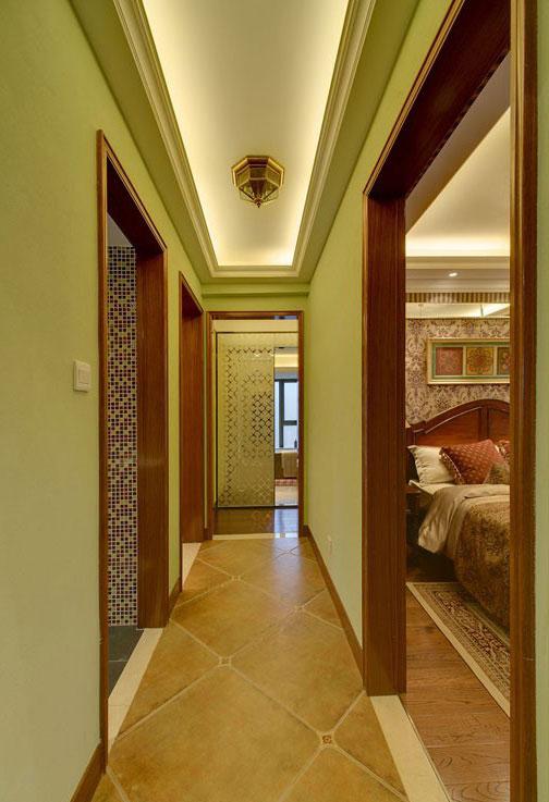三居室美式风格过道装修效果图