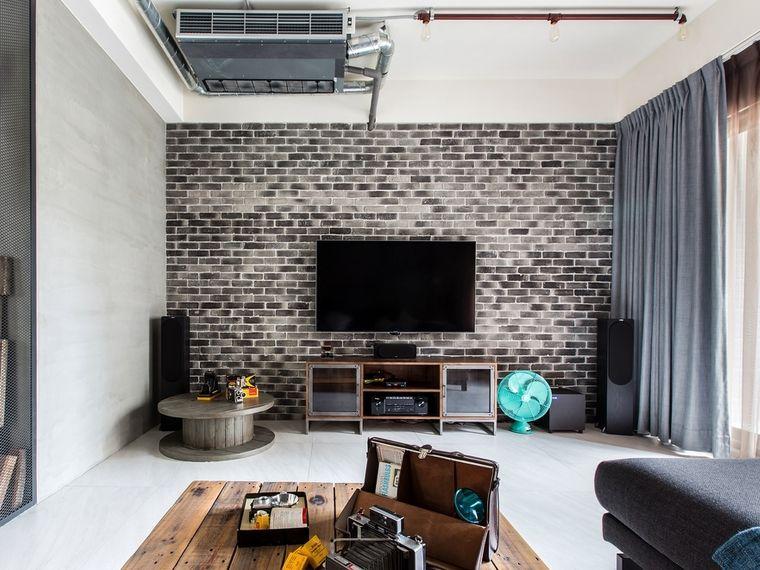 现代个性工业风客厅马赛克电视背景墙