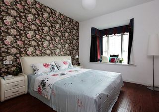 卧室混搭碎花背景墙设计效果图