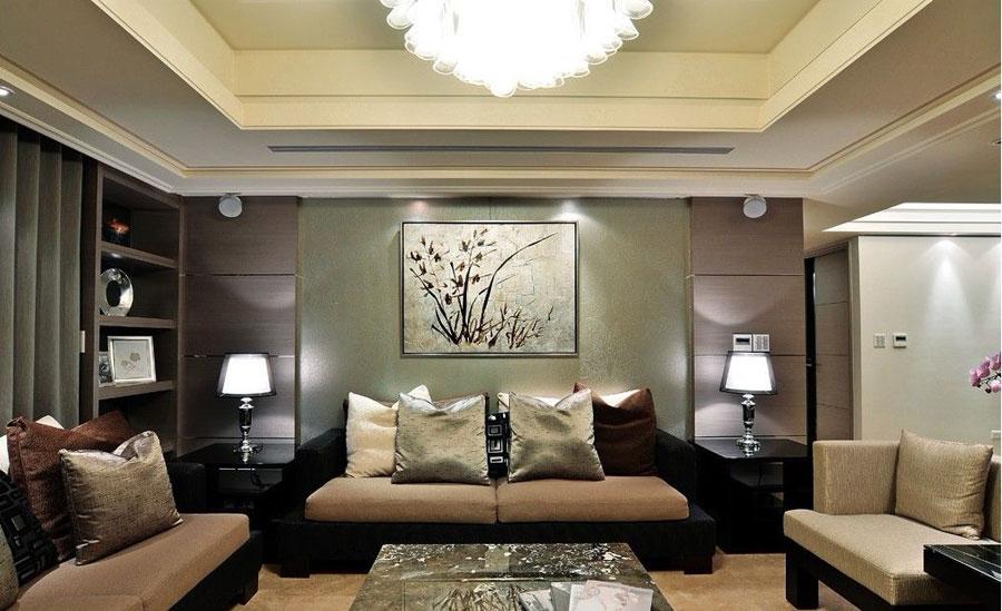 深色系中西混搭客厅沙发背景墙效果图