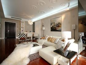 设计年代 现代淡雅色彩浪漫二居室