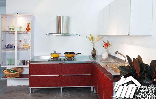揭秘更省钱策略 工薪一族如何装修厨房